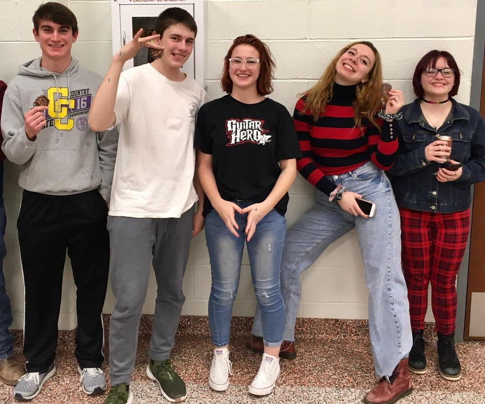 Forensics Team Competes at Onaga