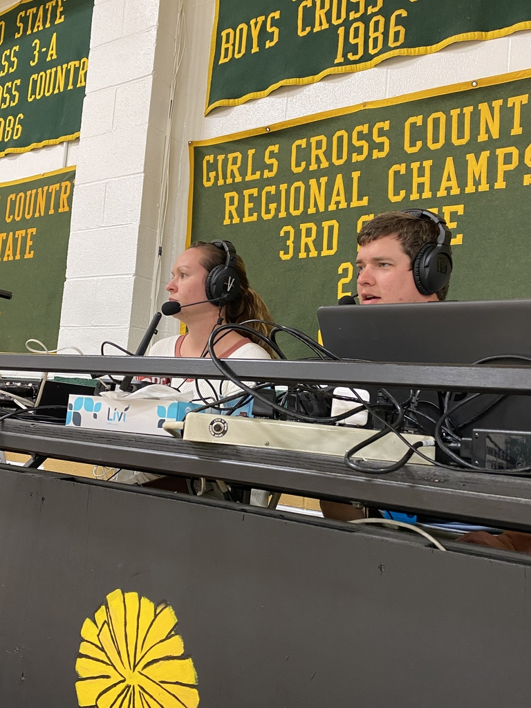 Dani Alley announcing VB on KNZA.